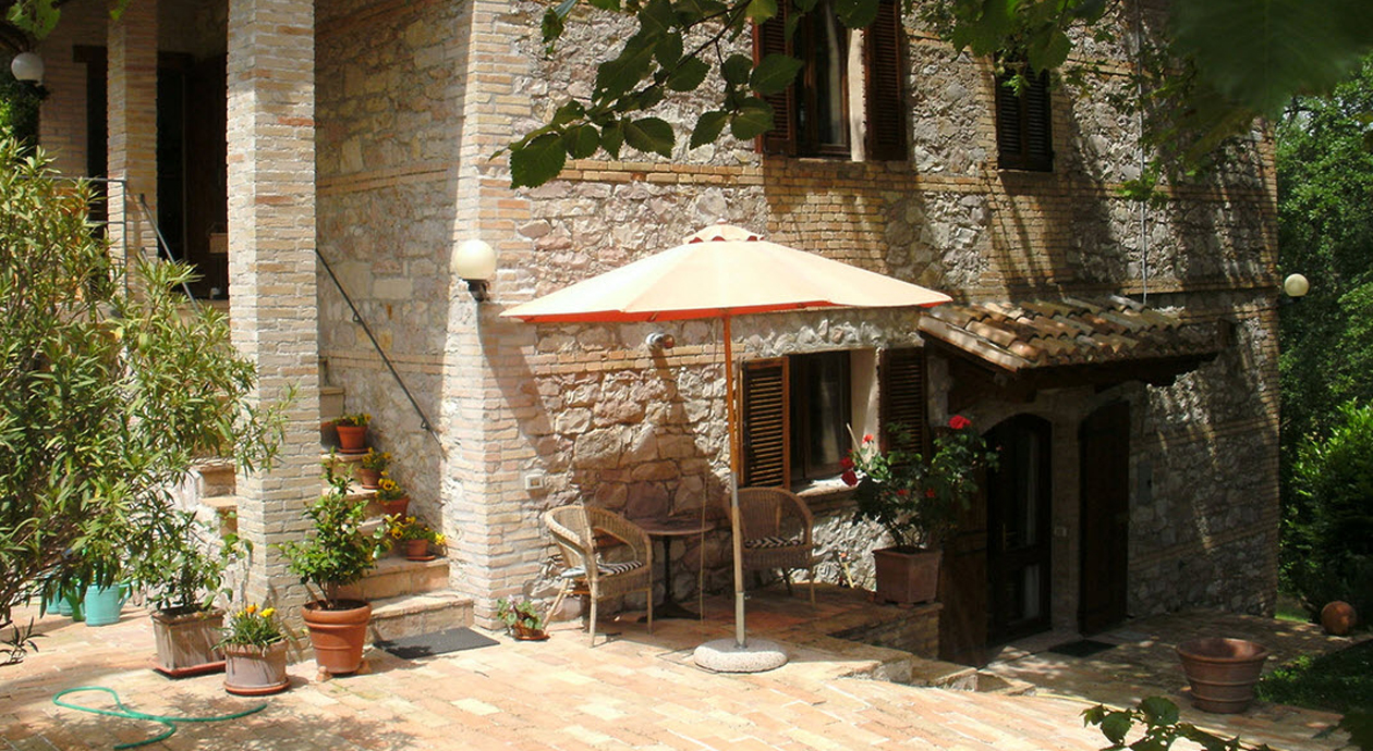 Natursteinhaus in Umbrien Italien zu verkaufen